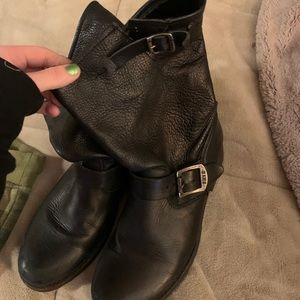 BLACK FRYE BOOTS GREAT CONDITION😍